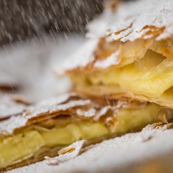 emeral-bakery-pastry-shop-corfu-category-mpougatsa-krema-1