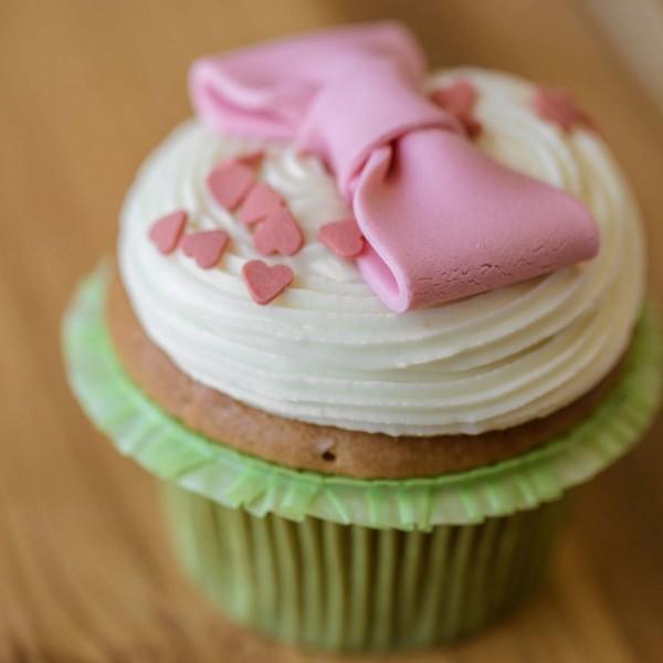 emeral-bakery-pastry-shop-corfu-gluka-keik-cupcake