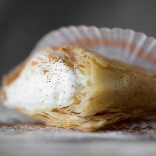 emeral-bakery-pastry-shop-corfu-gluka-mikra-gluka-3