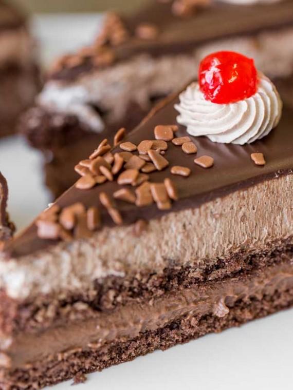 emeral-bakery-pastry-shop-corfu-gluka-pastes