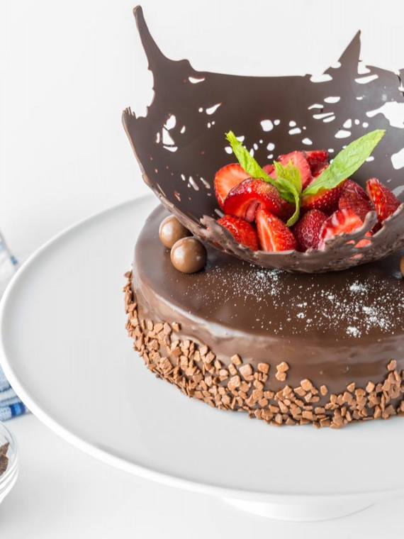 emeral-bakery-pastry-shop-corfu-tourtes-sokolatina