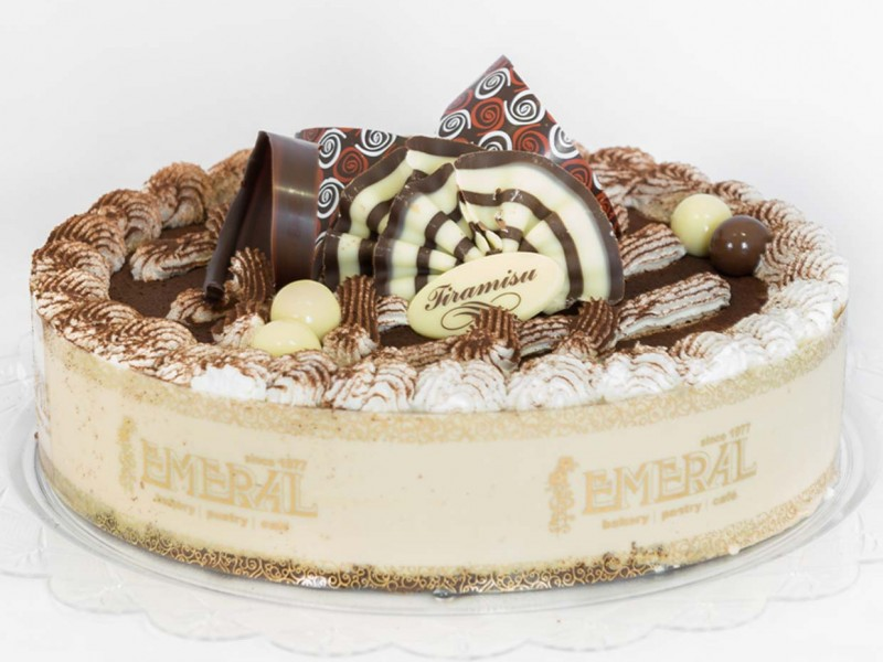 emeral-bakery-pastry-shop-corfu-gallery-tourtes_01